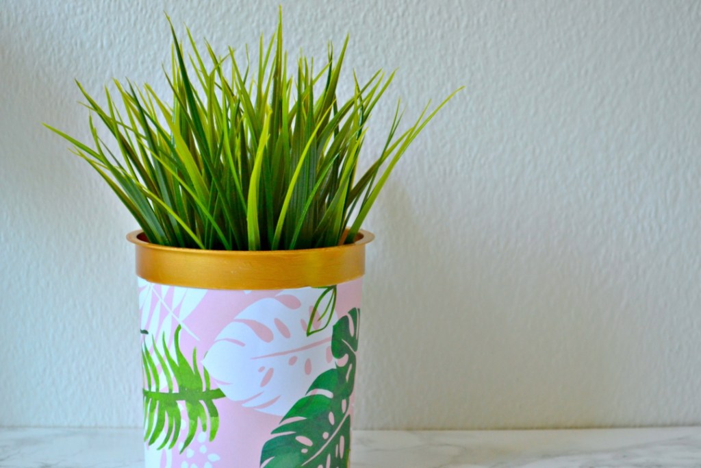 15 creative ways to reuse wrapping paper