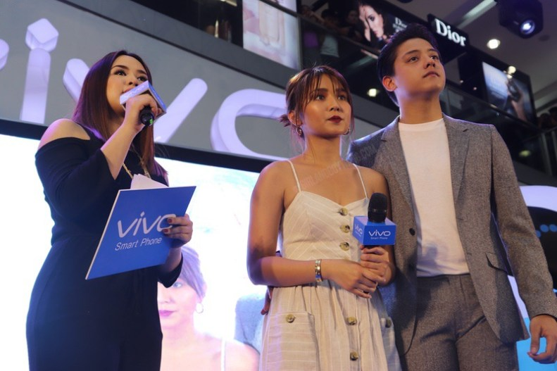Kathniel Fever at the Vivo V9 Grand Mall Tour in SM Mall of Asia