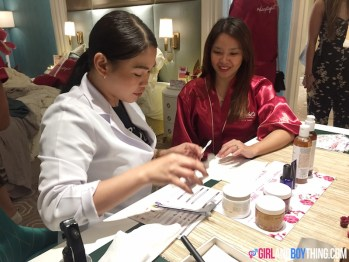Skin Bright, Skin Tight with Kiehl's Ginger Leaf & Hibiscus Firming Mask