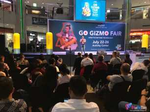 Learning the Latest at the Go Gizmo Fair