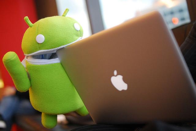 Androids eat apples! - Foto di laihiu