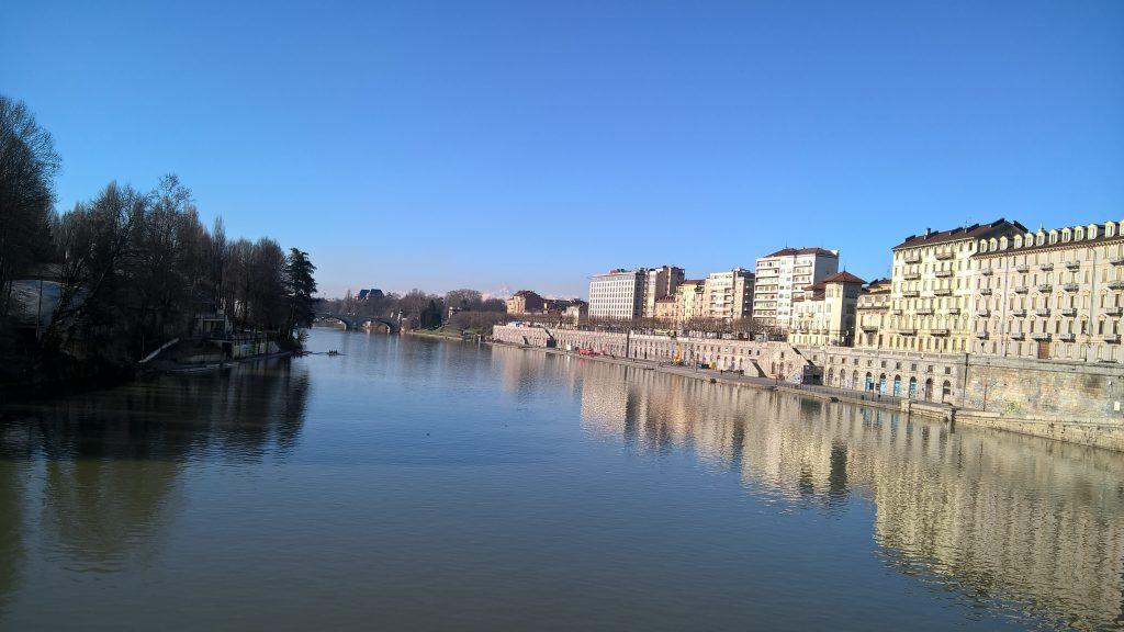 A better view of the Murazzi surrounding River Po
