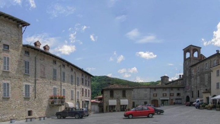 Visiting La Madre Pietra Farmhouse in Travo, Emilia Romagna Region