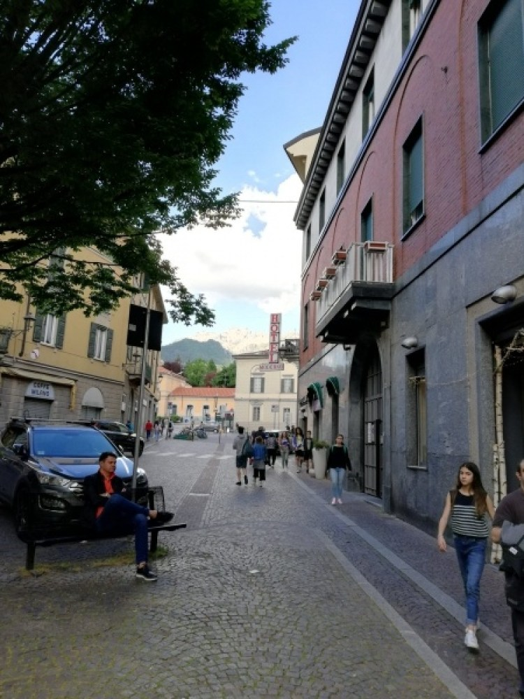 Lecco Street View