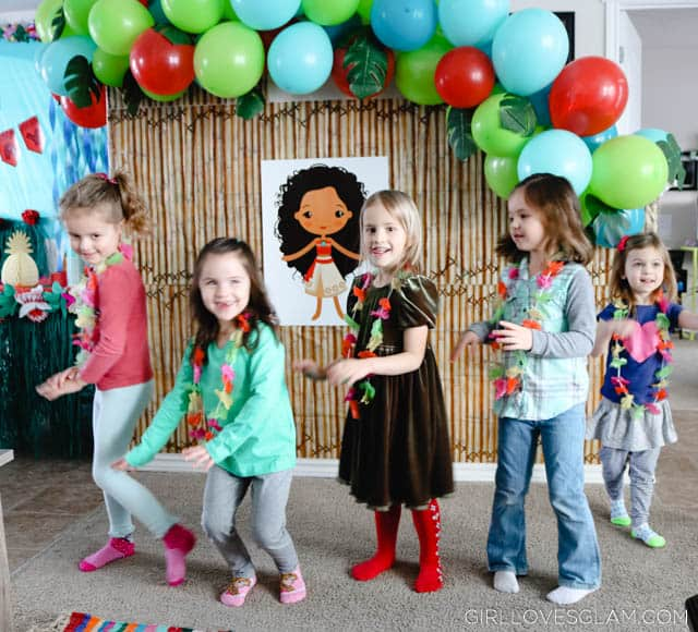 Moana Party Games and Printable Bingo   Girl Loves Glam Moana Party Hula Dance Game on www girllovesglam com