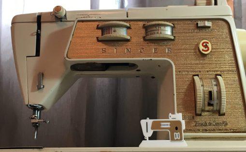 Sewing machine pins