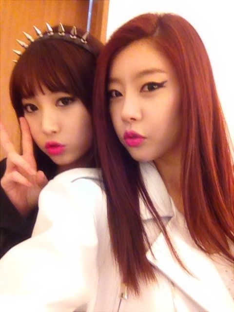 Girls Day Sojin & Yura