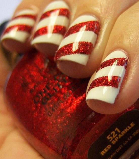 Peppermint Nails Christmas