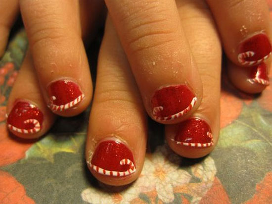 Best Easy Simple Christmas Nail Art Designs Ideas 35