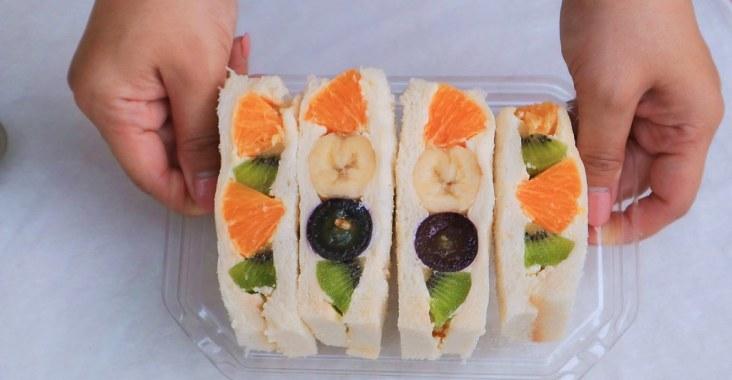 【甜點食譜】水果三明治:新手成功率100% /綠山農場諾曼第動物性鮮奶油35% @女子的休假計劃