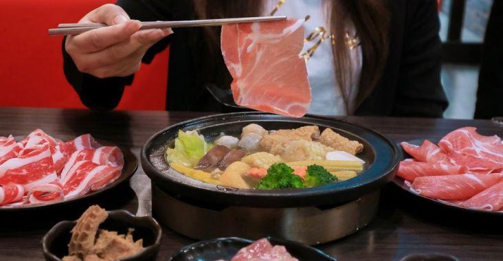 【竹北火鍋吃到飽】鮮稻精緻鍋物:肉食控、海鮮控全都照過來,今天一次讓你吃個夠。 @女子的休假計劃
