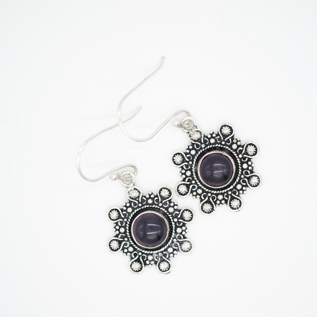 ORB-001 Zilveren amethist oorbellen