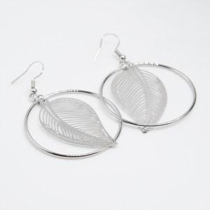 minimalistische oorbellen ibiza oorbellen blaadje kopen online webshop