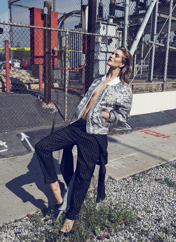 la-modella-mafia-Rosie-Huntington-Whiteley-x-Vamp-Magazine-1-SpringSummer-2014-photographed-by-Paola-Kudacki-5