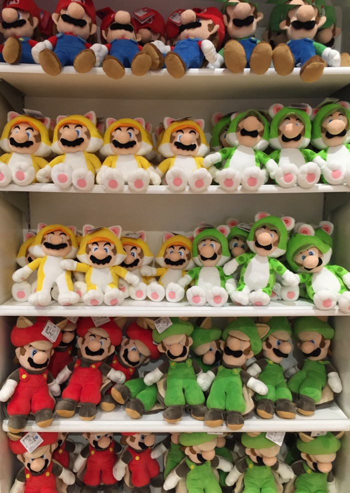 So many Mario and Luigi plushies at the Nintendo World Store in NYC © Leah Jewer / Girls on Games