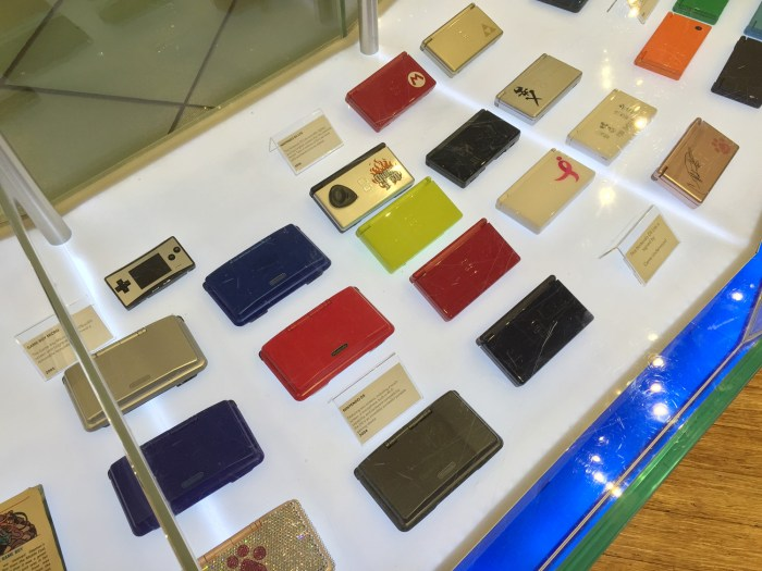 A collection of Nintendo DS and DSi at the Nintendo World Store in NYC © Leah Jewer / Girls on Games