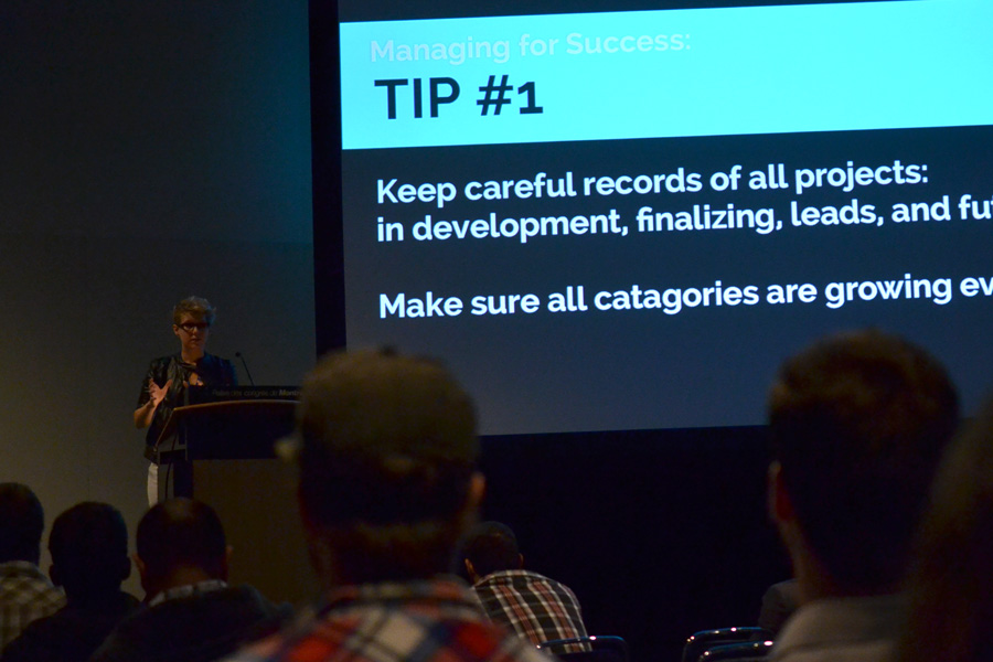Marguerite Dibble of Birnam Wood Games giving a conference on how to thrive as an indie studio © Catherine Smith-Desbiens / Girls on Games
