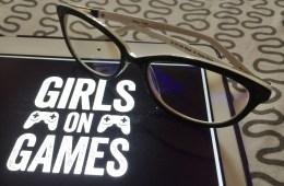 Phonetic Computer Eyewear. Photo © EightBigBlonde / Girls on Games