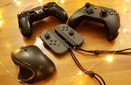 Holiday Gaming (photo by Girls on Games / Catherine Smith-Desbiens)