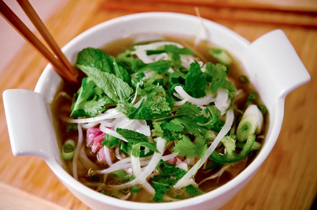 pho vietnam food