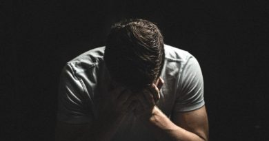 8 Reasons Why guys Shut Down Emotionally and how to save your relationship!