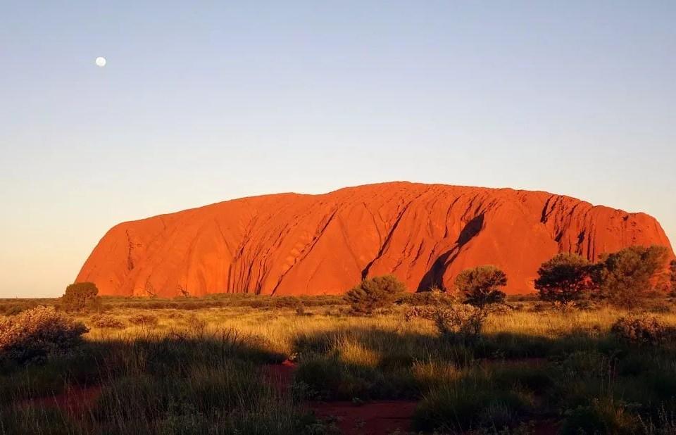 VISITER ULURU AYERS ROCK AU CŒUR DU RED DESERT AUSTRALIEN