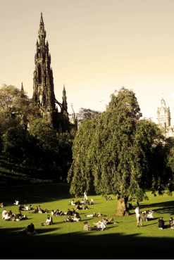 The Princes Street Garden is a great addition to any Edinburgh Scotland itinerary.