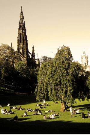 How can you not fall in love with Edinburgh, Scotland, with her enchanting architecture, history, and beauty?