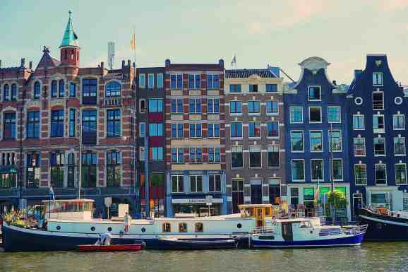 I honestly don't think a canal view can get much better than this view near the Rembrandt Museum.