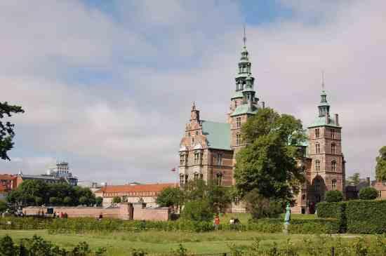 The neverending charm and beauty of Rosenborg Slot.