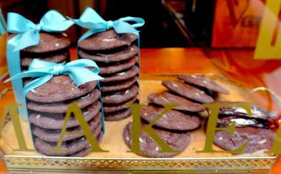 Yes, Van Stapele Chocolate Cookies really are as good as everyone says!
