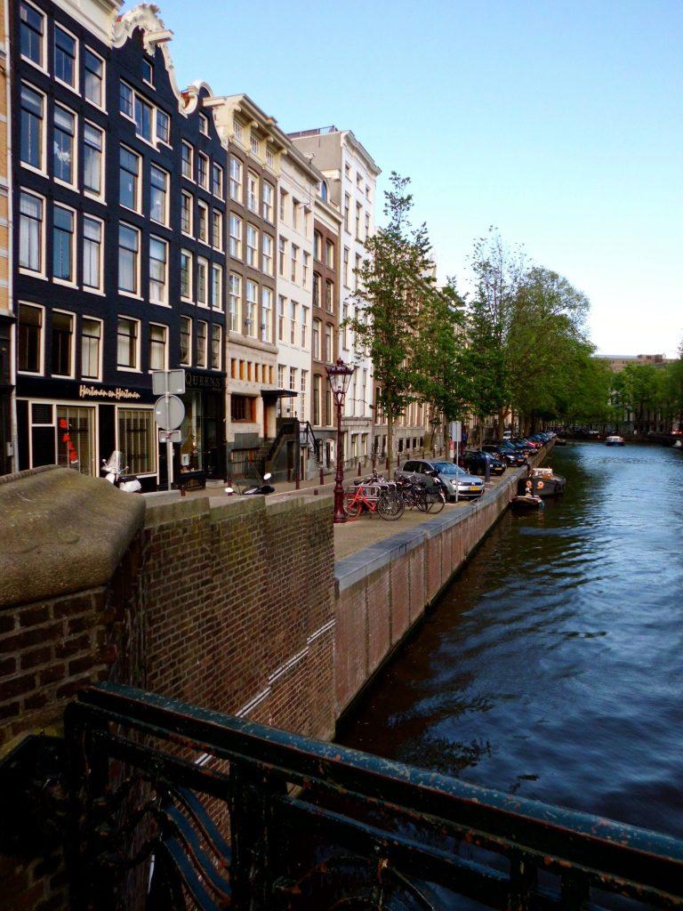 reasons love amsterdam