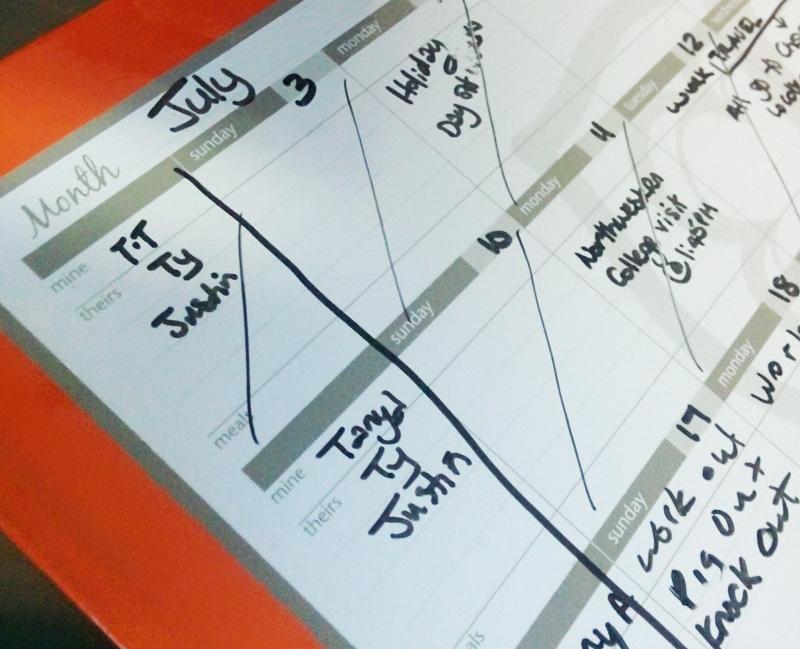 magnetic dryv erase calendar