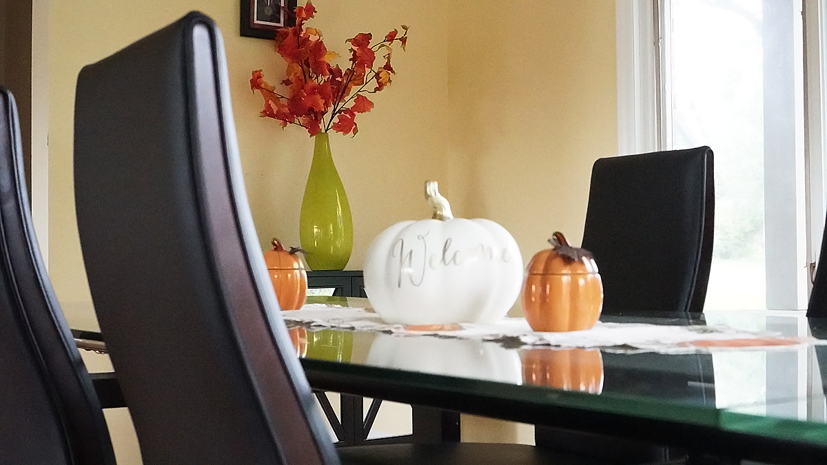 Welcome Fall Table