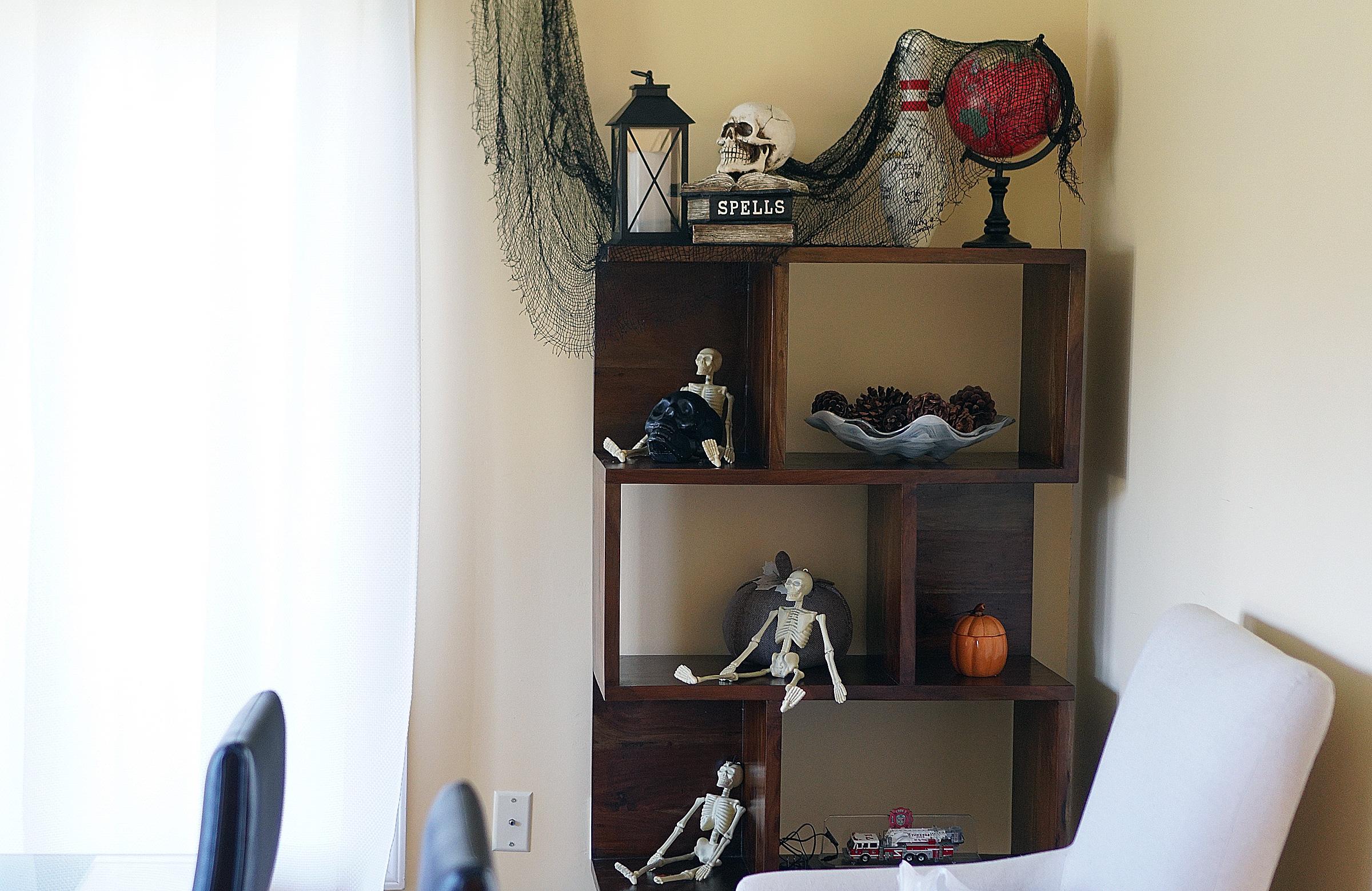 Halloween Bookshelf