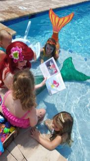 Swimming Mermaid Birthday Party 2