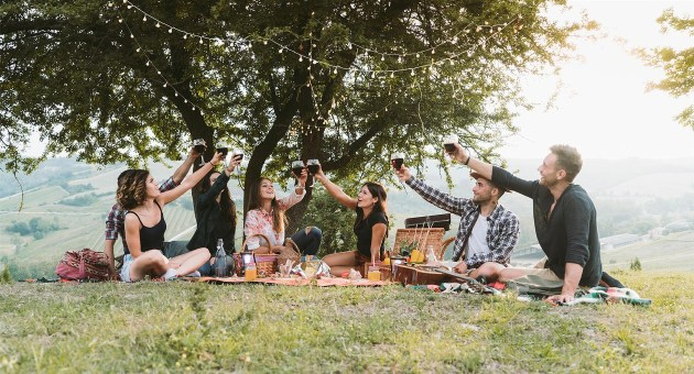 Sulle Strade del vino per brindare all'aria aperta tra goloseesperienze giornaliere, itinerari inaspettati e la vacanza che cercavi