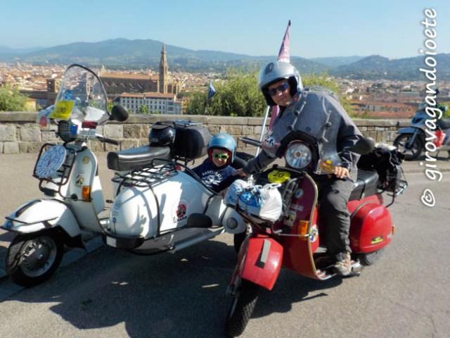 in Vespa fino ai Bagni di Cetica - partenza dal Piazzale Michelangelo