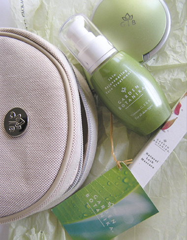 Garden Botanika Product Pack