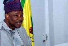 Why Angry Governor Amosun Is Dumping APC alongside His Loyalists