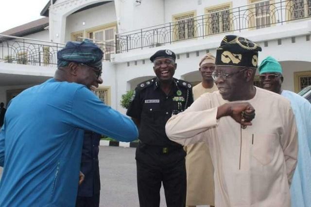 Tinubu, Sanwo-Olu, Others Spotted Doing the Elbow-Shake [Photos]