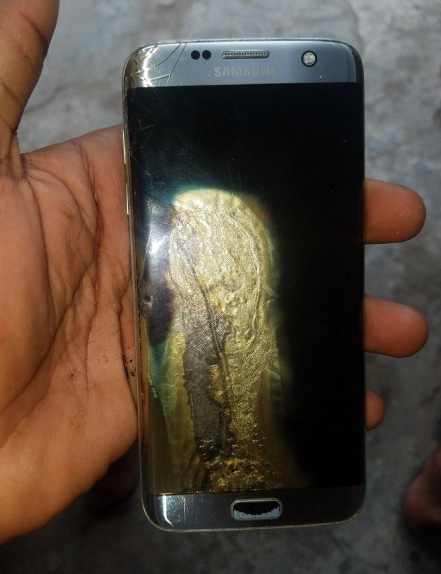 Man escapes being burnt alive as his Samsung phone explodes, Man escapes being burnt alive as his Samsung phone explodes, Premium News24