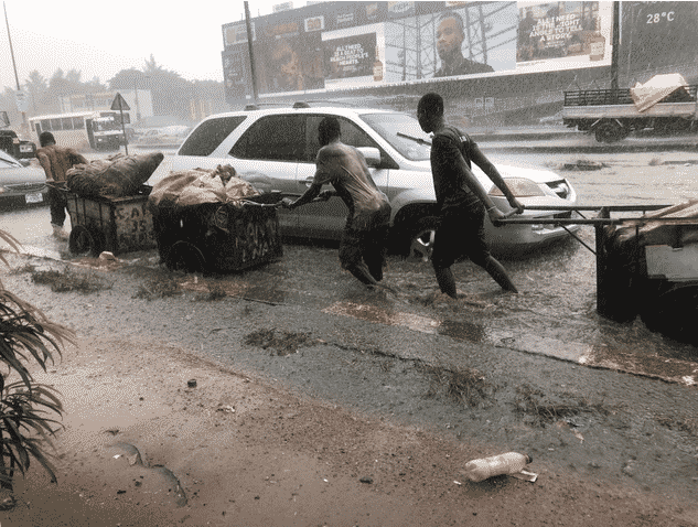 flood5 Ikorodu Cries for Help as   Flood takes over  road in Lagos following downpour (Photos)