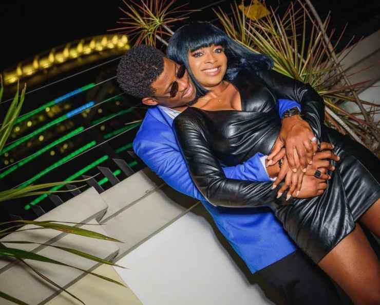 Seyi kisses his girlfriend as he gushes over her in new photos