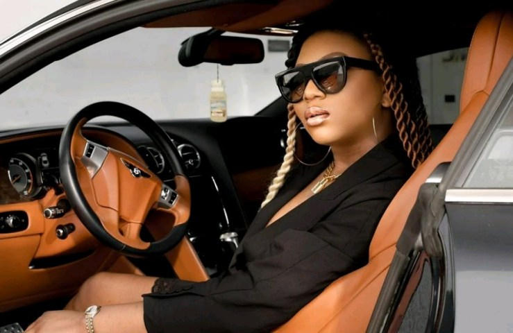 Valentine Gift: Stephanie Coker gets Bentley Continental GT Coupe(Photos) 1