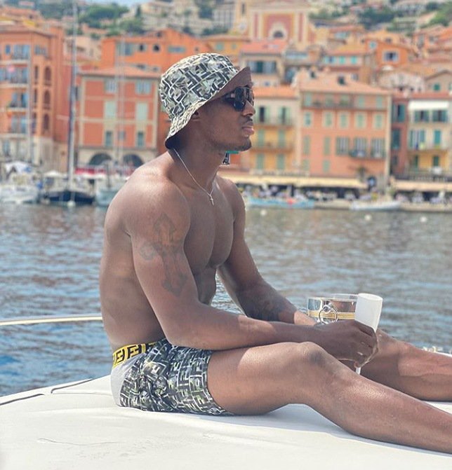 Jude Ighalo kicks off holiday