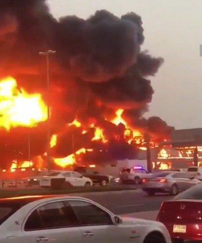 Fire razes market in Ajman