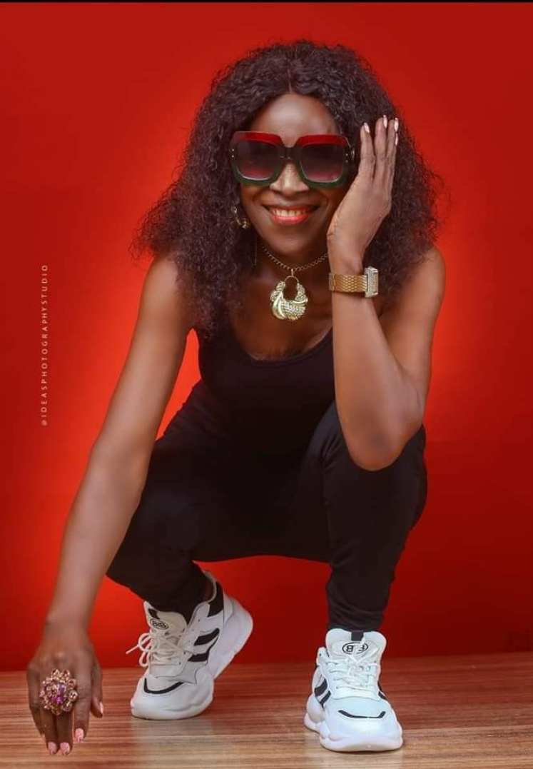 80-year-old woman causes a stir with ageless birthday photoshoot