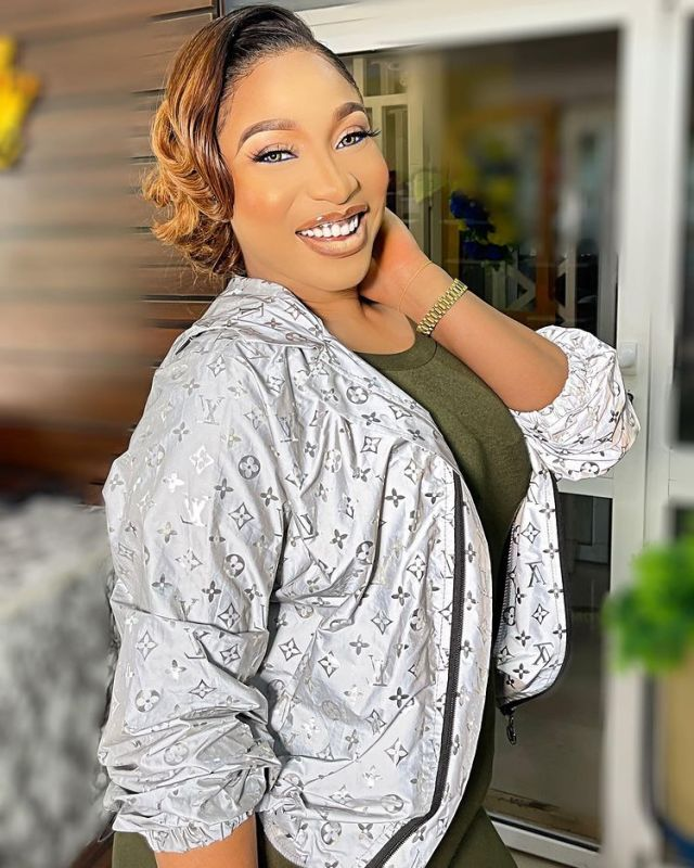 Tonto Dikeh reacts undisturbed amidst lover's cheating rumour