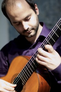 Santiago Lascurain (gitaar) en Orlando Velázquez  (percussie) @ Kazerne | Eindhoven | Noord-Brabant | Nederland